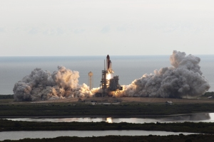 Space shuttle Endeavour taking off, May 16, 2011 (Jim Grossman/NASA)