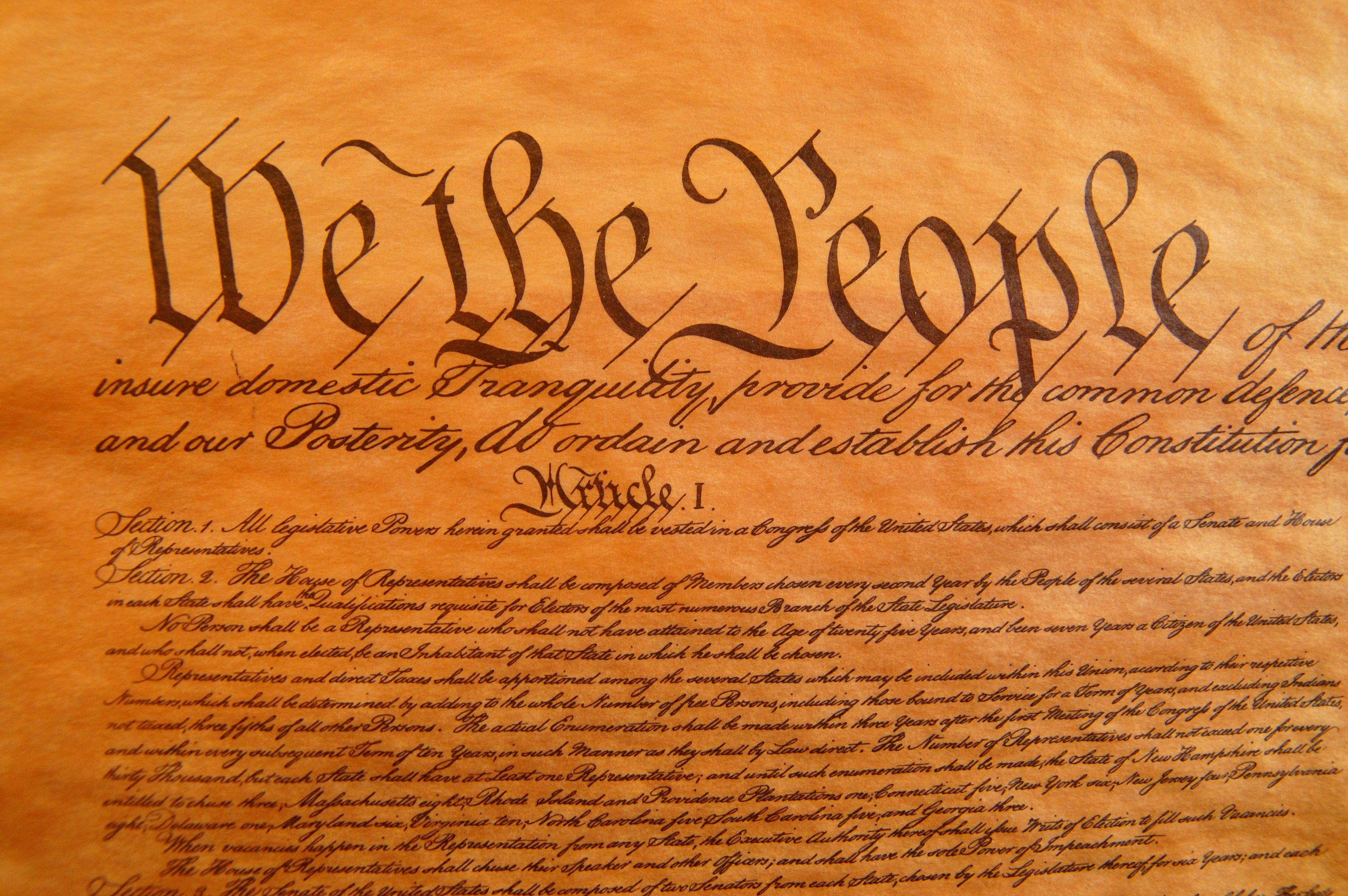 living constitution Framework originalism, or living originalism, is a blend of primarily two constitutional interpretive methods: originalism and living constitution balkin holds that there is no inherent contradiction between these two, aforementioned.